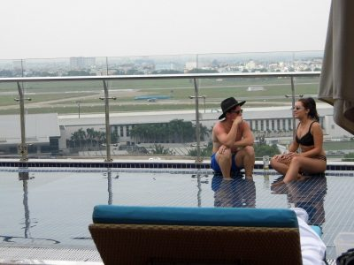 イビスサイゴンホテルの屋上プール